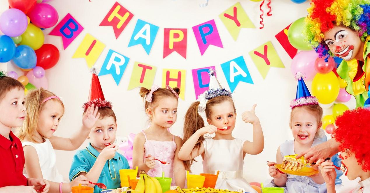 Прикольное поздравление с днем рождения маме от дочери в стихах