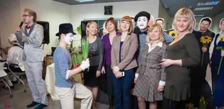 Сценарий 8 марта корпоратив