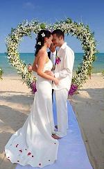 Красивые короткие слова на свадьбу своими словами